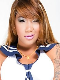 Tiffy is a really hot Filipina ladyboy from Manila.