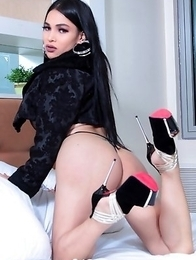 TS Filipina Sexy Lingerie And Cute Pink Dildo
