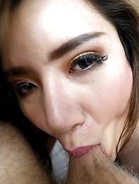25yo big boobs Thai ladyboy Peach sucks off a big white tourist cock