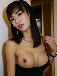24yo busty Thai ladyboy Poy sucks off a big white tourist cock
