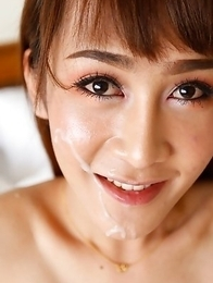 Sexy Thai ladyboy Mos gets big facial from BWC