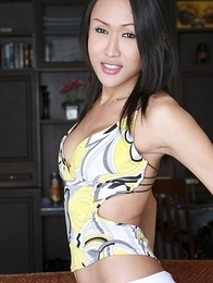 Asian Femboy - Apple