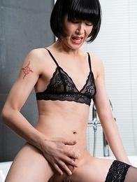 Yoko has a massive ejaculation stroking her clit