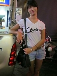 Horny Pattaya Ladyboys on the street looking for customers